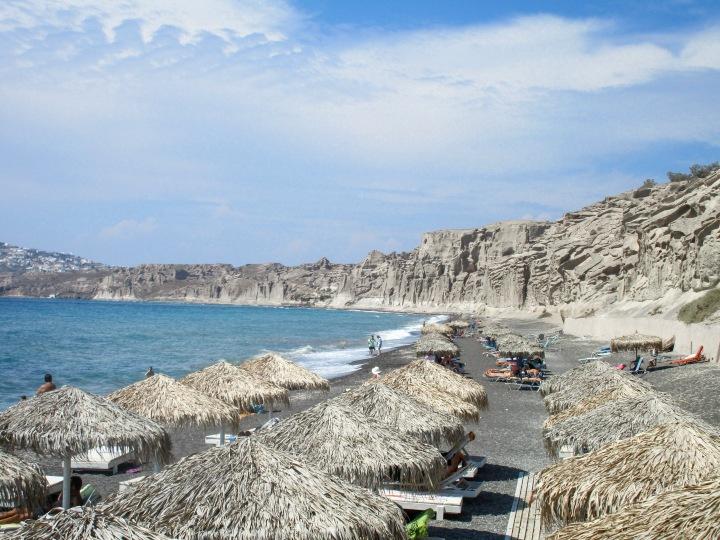 Santorini: praias esculpidas pelanatureza