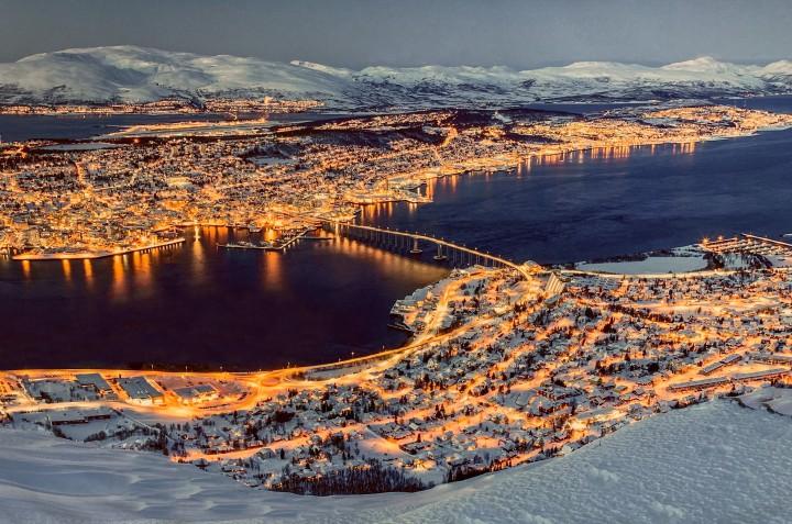 """Tromsø: dicas de viagem """"acima do círculo polar ártico"""" na capital da auroraboreal"""